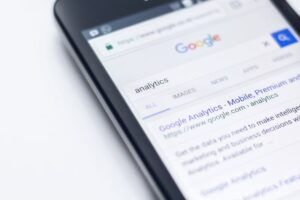 SEO FOR BLOGGERS: 10 TIPS TO RANK HIGHER ON GOOGLE